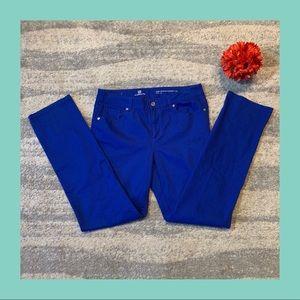 Liz Claiborne Cobalt Blue Jeans- Size 8